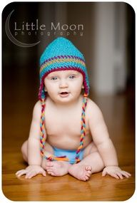 six month baby picture ideas - this would be so cute since it'll be winter!