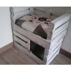 Cama para gatos , muy facil de hacer con cajas de fruta!