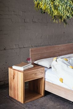 P&S Side Table Image by Jessica Tremp