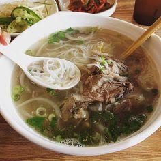 Phooooooooo yesssssss!!! ❤️ #brisket #flank #pho #vietnamesenoodles #yum #pho32 #foodcoma #follow #foodie #foodporn #foodgawker #foodstagram #instafood #instanoodles #noodlegram #phonoodles #delicious #sriracha #kimchi #followme #happybelly #wondersforthesoul