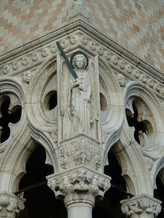 Doge's Palace: Facade: Archangel Michael. Venice, Italy