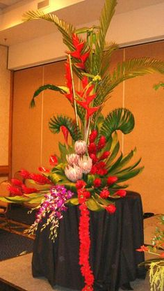 Large Tropical demonstration arrangement by Phil Rulloda
