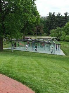 Glass Labyrinth, An Interactive Glass-Walled Labyrinth Installation by Artist Robert Morris
