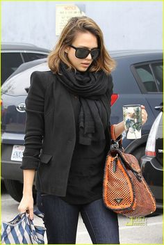 Jessica Alba fall/winter look, tailored blazer