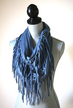 Let your hipster style go wild with our amazing Jersey Knit Fringe Infinity Scarfs! Made out of a super soft jersey knit and long fringe, this scarf is sure to turn heads! Perfect for this fall and wi Tee Shirt Crafts, T Shirt Yarn, Hipster Fashion, Diy Fashion, Hipster Style, Fashion Tips, How To Make Scarf, How To Wear Scarves, Remake Clothes