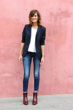 44 Casual Blazer Outfit Women Must Try, Not many people would accessorize an outfit the identical way. If you're searching to make your outfit a little more casual and just a bit grungier, t. Blazer Outfits Casual, Blazer Outfits For Women, Casual Blazer Women, Denim Outfits, Dress Casual, Dress Outfits, Jeans Outfit For Work, Best Blazer, Look Blazer