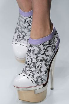 These shoes would be awesome without the platform