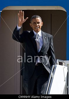 Oct. 3, 2012 - Aurora, Colorado, U.S. - President BARACK OBAMA arrives on Air Force One at Buckley Air Force Base for the Presidential Debates at the University of Denver today. © ZUMA Press, Inc. / Alamy