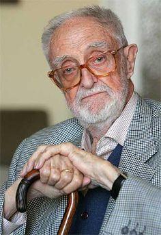 Jose Luis Sampedro. Economista y escritor, autor de algunas de las páginas más hermosas de la literatura española del siglo XX, es, por encima de todo, un maestro de la vida.