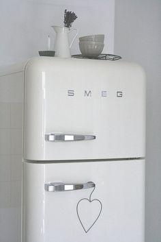 beautiful #white SMEG