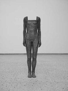 Kis Varsó: Nefertiti teste, 2003