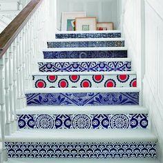 Un escalier haut en couleurs !