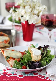 5 Simple Ideas for a Stress Free Dinner Party. Perfect for a girls night in! LivingLocurto.com