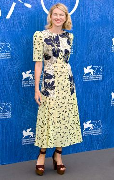 Naomi Watts in Roksanda attends the 'Bleeders' photocall during the 73rd Venice Film Festival. #bestdressed