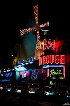 Moulin Rouge, Paris 2011