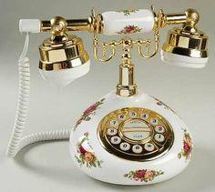 •♥•Royal Albert China Old Country Roses Telephone •♥•