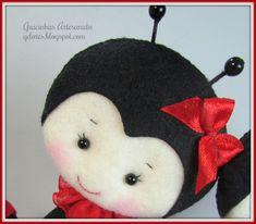 Felt ladybug Handmade by Gracinhas Artesanato