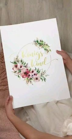 Königskind Child of god Lettering-watercolordesign Kunstdruck Giclée FineArt Print - Handgemaltes Handlettering Poster, - Easy People Drawings, Easy Flower Drawings, Easy Disney Drawings, Easy Doodles Drawings, Pencil Drawings Of Flowers, Simple Doodles, Mom Drawing, Drawing For Kids, Christmas Drawing