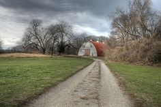 Photograph - Barn Faust Park Missouri by Jane Linders , Faust Park, 5 Image, Great Photos, Flyer Design, Missouri, Paths, Barn, Country Roads, Background Ideas