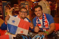 Alcaldía de Medellín @AlcaldiadeMed  6 hHace 6 horas Medellín, Antioquia La bicicleta une al mundo en Medellín.   Asistentes sueñan con países unidos por la bicicleta. #FMB4 (16) Twitter