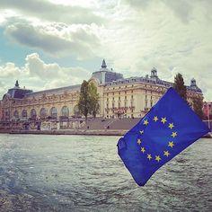 Repost from @eat.travel.laugh  #takemetoparis #takemetoparisapartments #paris #france #europe #seine #river #water #boat #cruise #museum #art #gallery #architecture #september #travel #instatravel #holiday #vacation #wanderlust #topparisphoto @topparisphoto
