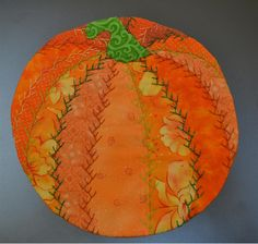 ~free pattern~ Pumpkin Crazy Quilt Mug Rug | Pellon® Projects