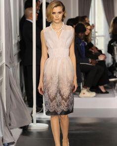 Silhouette n°20 / Printemps-Été 2012 / Collection / Haute Couture / Femme / Mode & Accessoires / Dior Site Officiel