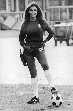 1971: Raquel Welch on the Spanish set of 'Hannie Caulder' wearing a Chelsea Football Club strip. Photo by Terry O'Neil