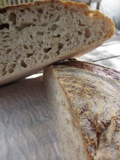 hogaza con masa madre, trigo y centeno