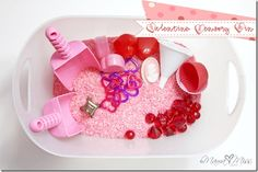 Valentine Sensory Bin http://www.mamamiss.com ©2013