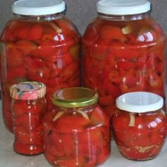 Canning Pickles, Canning 101, Canning Recipes, Pickels, Pickling Cucumbers, Romanian Food, Desert Recipes, Frozen, Food And Drink
