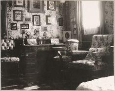 """""""As cabines de Suas Majestades no Standart""""  A mesa da imperatriz, em seu camarote."""