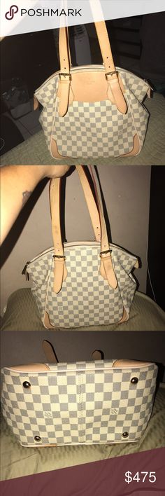 Louis vuitton bag My girlfriend purchase this purse 2 yrs ago from ebay we dont know if this purse is authentic she pay $880 and now  she is asking $475.00 is so pretty and it looks like is authentic or is a good copy if you need more photo just ask Louis Vuitton Bags Shoulder Bags