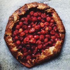 the easiest pie crust ever | apt 2b baking co