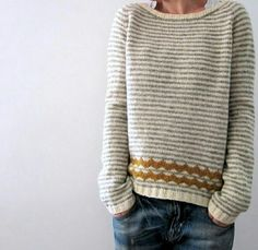 Almost there. Knitting pattern by Isabell Kraemer Pullover Streifen Almost there. Knitting pattern by Isabell Kraemer Sweater Knitting Patterns, Knit Patterns, Afghan Patterns, Amigurumi Patterns, Knitting Stitches, Moda Casual, Stockinette, Knitting Projects, Knitting Ideas
