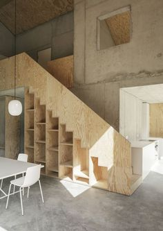 Addict: Plywood stairs 👌🏻 Family house in Germany Plywood Interior, Interior Stairs, Plywood Furniture, Furniture Ideas, Concrete Interiors, Wood Interiors, Architecture Renovation, Interior Architecture, Ideas Cabaña