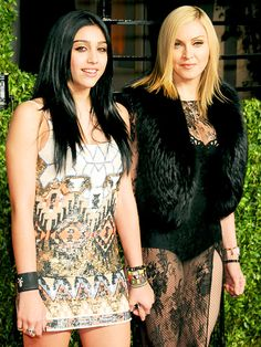 Madonna & daughter Lourdes Leon --I would agree Lourdes looks a bit like Madonna, but a mini-me? A look-alike? Madonna Daughter, Mom Daughter, Daughters, Guy Ritchie, Beautiful Celebrities, Beautiful People, Celebrity Kids, Celebrity Photos, Celebrity Style