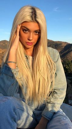 Shop our online store for Brown hair wigs for women.Brown Wig Lace Frontal Hair 16 Inch Lace Front Wigs From Our Wigs Shops,Buy The Wig Now With Big Discount. Blonde Hair Looks, Honey Blonde Hair, Blonde Wig, Blonde Ombre, Blonde Color, Girls With Blonde Hair, Blonde Balayage, Blond Hairstyles, Frontal Hairstyles