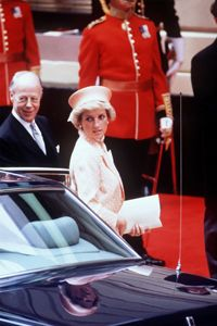 12 July 1988 State visit to England by the President of the Republic of Turkey, Kenan Evren. Diana and other senior royals greeted his party at Victoria Station
