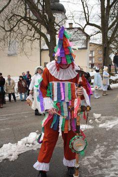 Masopust Masky, Craft Activities, Mardi Gras, Harajuku, February, Crafts, Style, Carnavals, Carnival