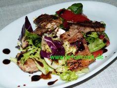 Bunter Salat mit Fleischstreifen und Sojasauce  -  ფერადი სალათი ხორცით და სოიოს სოუსით