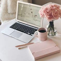Preparing for and praying for an AMAZING week! What are you claiming and decreeing this week? Comment below! Flatlay Instagram, Office Inspiration, Motivation Inspiration, Foto Blog, Leather Journal, Desk Organization, Pink Aesthetic, Home Office Decor, Girly Things