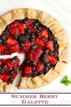 6 reviews · 35 minutes · Serves 8 · This quick and easy is a crowd pleaser! Put it all together in less than 10 minutes and expect rave reviews! #summerberries #easygalette #summerdesserts Köstliche Desserts, Homemade Desserts, Summer Desserts, Healthy Desserts, Delicious Desserts, Summer Dishes, Summer Recipes, Tart Recipes, Best Dessert Recipes