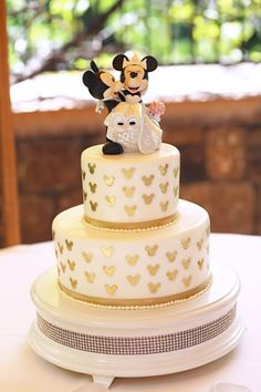 Dezarae And Kaohus Fairy Tale Disneyland Escape Wedding