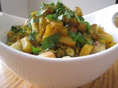 curried quinoa with tofu, pineapple & almonds...this makes me yearn for summer
