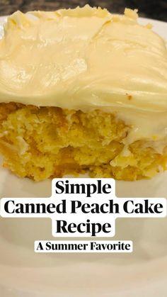 Peach Cake Recipes, Dump Cake Recipes, Sweet Recipes, Dessert Recipes, Easy Desserts, Delicious Desserts, Yummy Food, Cake Mix Desserts, Tasty