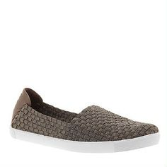 Ah the convenience of a cute, slip-on! BareTraps Tricia (Women's) | Laura's Spring Pick