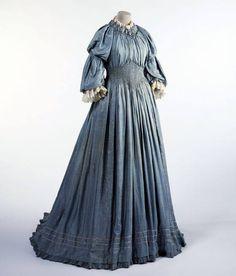 Viola's dress #TheGoldenKey #Novel