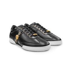 Sleek mood. Find more about the #Versace Men's Pre Fall 2015 on versace.com #VersaceSneakers