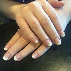 Pra finalizar o dia com essas unhas top by @mariarita.rocha.10 #espacodellasbar @tiacarolv
